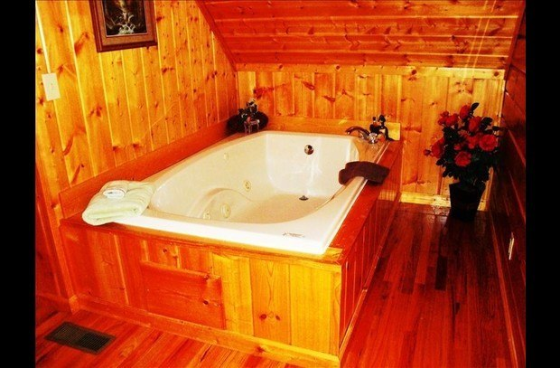 Bedside Jacuzzi--Located in Loft Bedroom